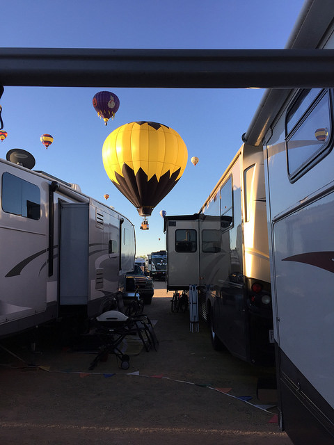 Hot air balloon over RVS