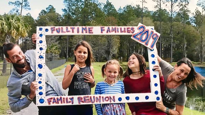 Fulltime Families - The Logsdons